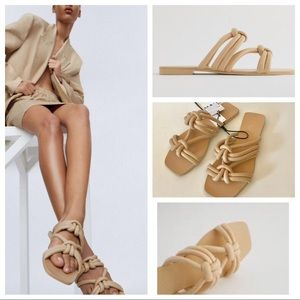 NWT: TUBE STRAP FLAT LEATHER SANDALS